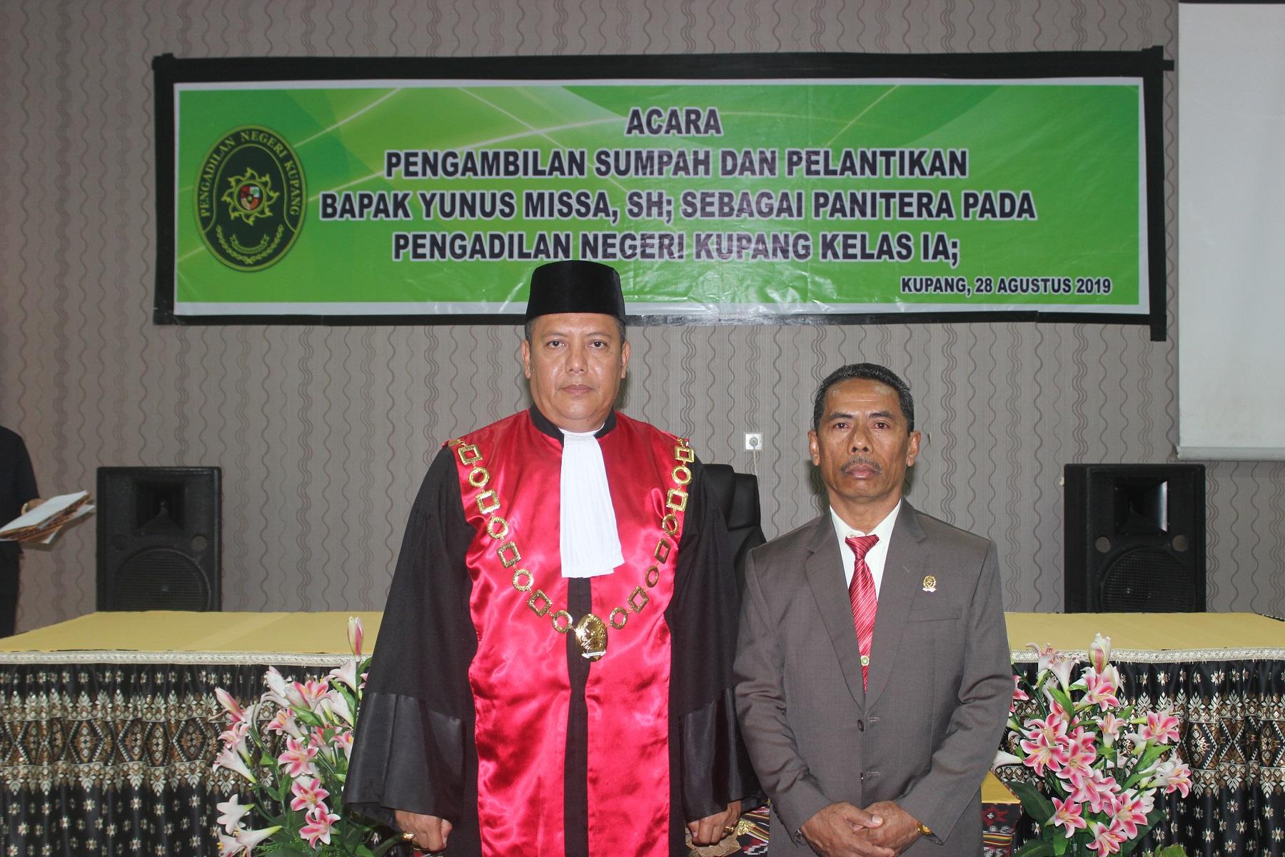Pengambilan Sumpah dan Pelantikan Bapak Yunus Missa, S.H. sebagai Panitera Pengadilan Negeri Kupang
